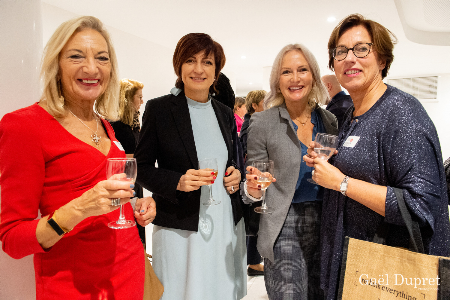 ©Gaël Dupret, France, Paris le 2018-11-15 : 2ème édition des WINDAY Paris par FBA - Femmes Business Angels. Photo : Le cocktail.    The cocktail.